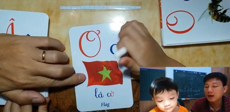 Học chữ và số qua bộ thẻ thông minh